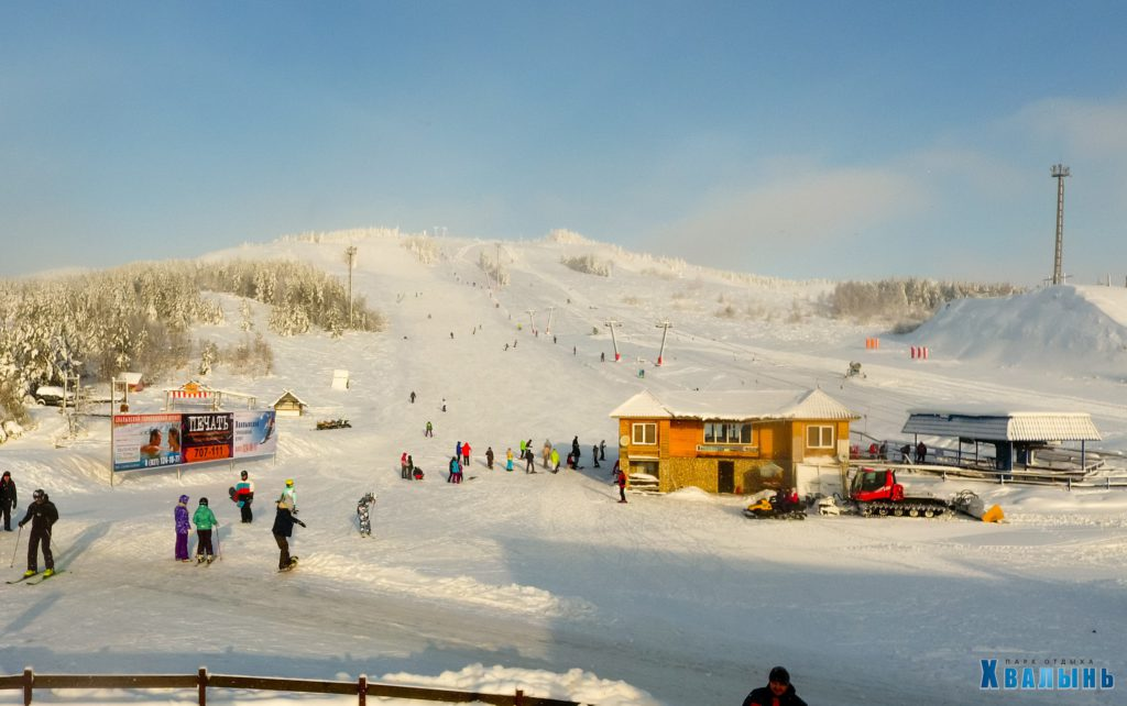 Наружная реклама на горнолыжном курорте Хвалынский